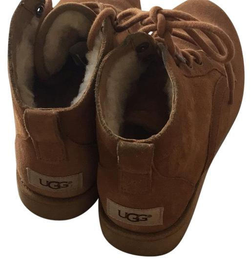 Preload https://item4.tradesy.com/images/ugg-australia-medium-brown-workboot-2016-bootsbooties-size-us-65-regular-m-b-22472508-0-1.jpg?width=440&height=440