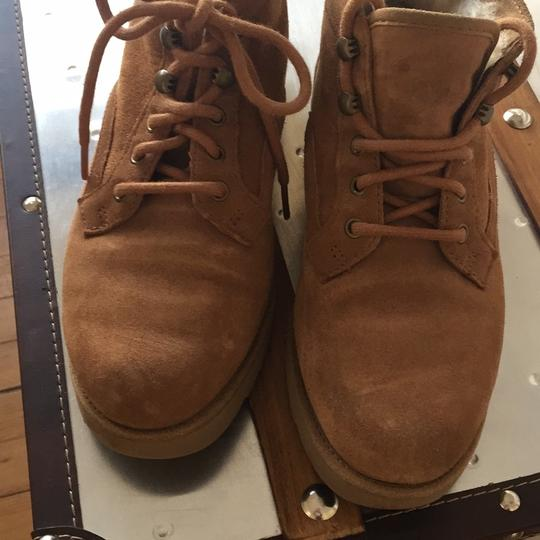 UGG Australia medium brown Boots