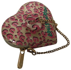 Louis Vuitton Leopard Heart Coin Purse Wristlet in Pink