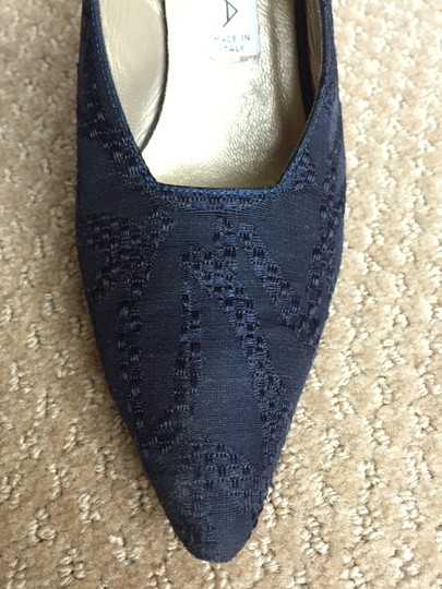Via Spiga Blue Sling Back Size 6.5 B Made In Italy Stylish Gold Heel Navy Pumps