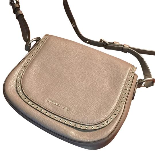 Preload https://item4.tradesy.com/images/michael-kors-brooklyn-saddle-cinder-leather-cross-body-bag-22473003-0-1.jpg?width=440&height=440