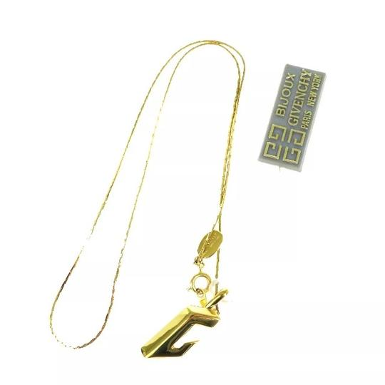Preload https://img-static.tradesy.com/item/22473100/givenchy-gold-gold-tone-pendant-necklace-0-0-540-540.jpg