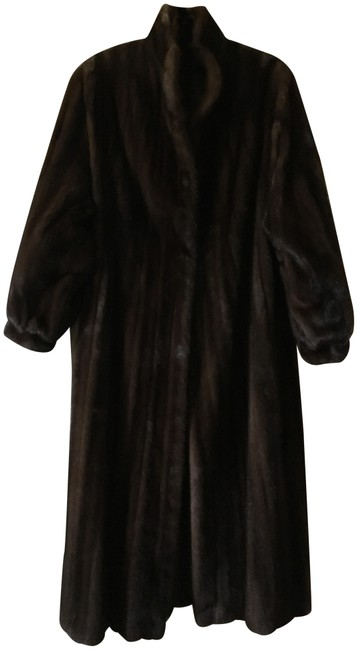 Preload https://item5.tradesy.com/images/bill-blass-natural-mahogany-full-length-mink-coat-style-number-8619-size-8-m-22473164-0-2.jpg?width=400&height=650