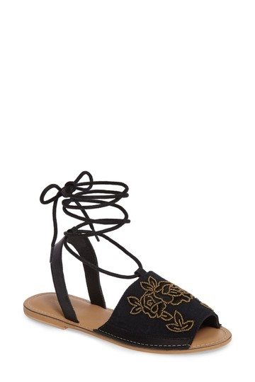Preload https://img-static.tradesy.com/item/22473292/topshop-black-embroideried-sandals-size-us-5-regular-m-b-0-0-540-540.jpg