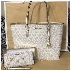 Michael Kors Tote in Vanilla/Pale Gold