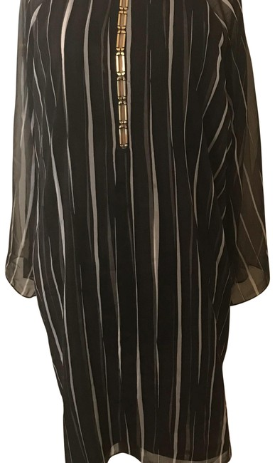 Item - Charcoal with Off White Stripes Heritage Short Casual Dress Size 16 (XL, Plus 0x)
