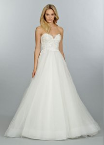 Tara Keely Ivory Tulle Alencon Lace Venice Lace & Horsehair 2453 Casual Wedding Dress Size 6 (S)