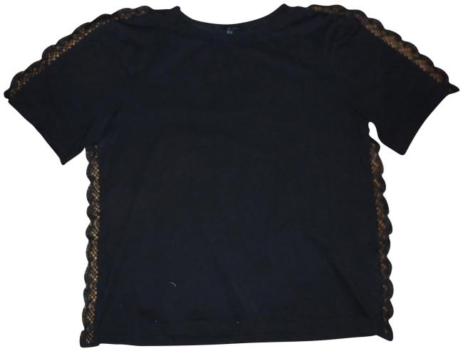 Item - Black With Lace Trim Tee Shirt Size 8 (M)
