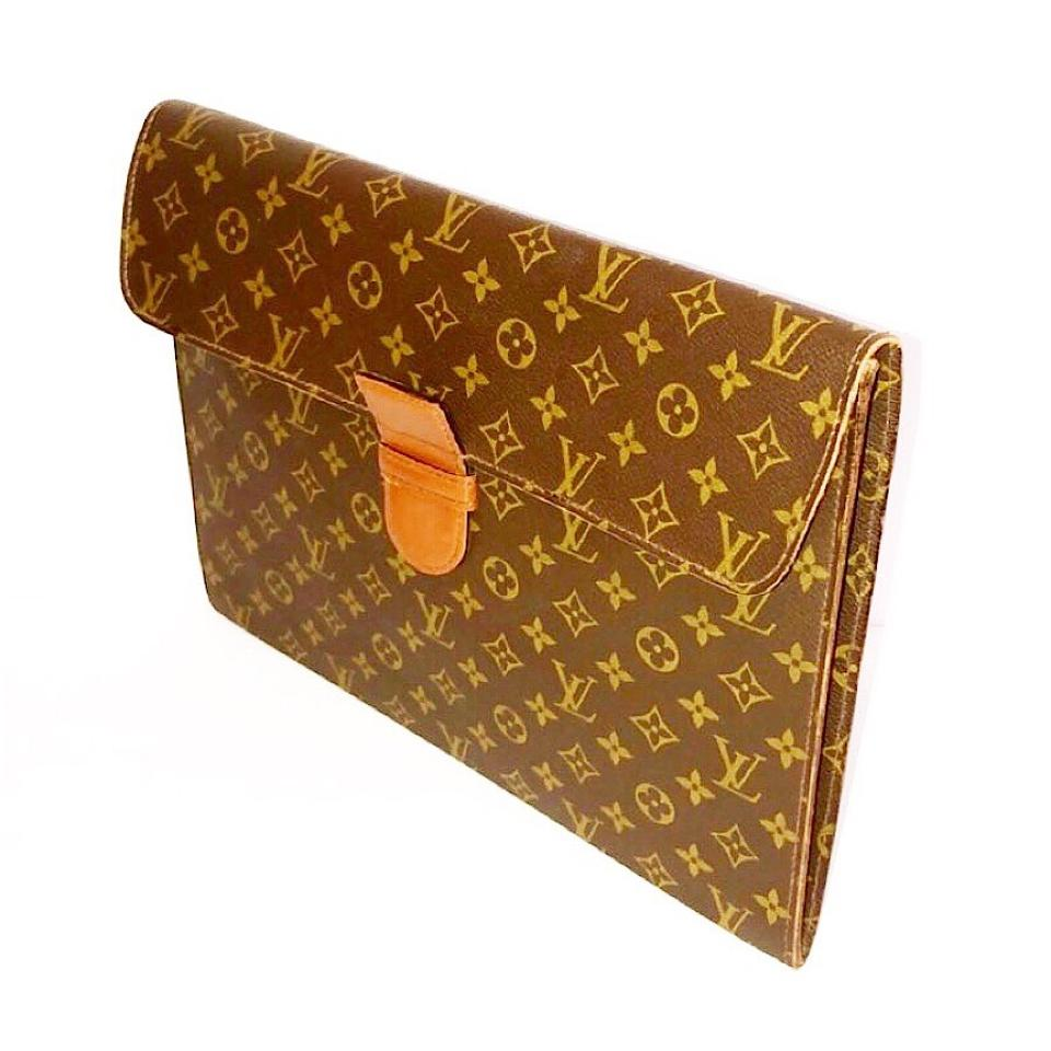 louis vuitton vintage monogram document holder tradesy. Black Bedroom Furniture Sets. Home Design Ideas