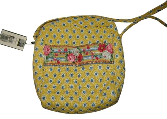 Preload https://item2.tradesy.com/images/vera-bradley-elizabeth-day-out-baby-diaper-yellow-and-multicolored-floral-cotton-shoulder-bag-2248341-0-0.jpg?width=440&height=440