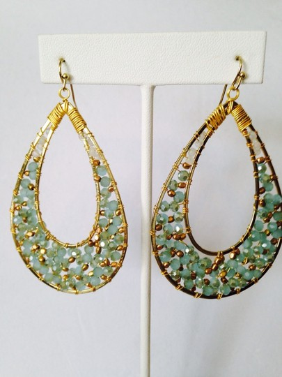 Nakamol NWOT Faceted Green & Gold Crystal In Gold Dangle Earrings