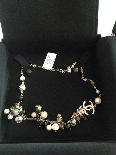 Chanel CHANEL AUTHENTIC NWT 'POOL PARTY' COLLECTION NECKLACE