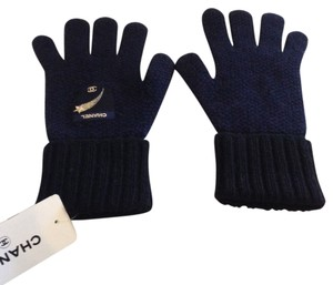 Chanel CHANEL AUTHENTIC NWT NAVY BLUE CASHMERE GLOVES