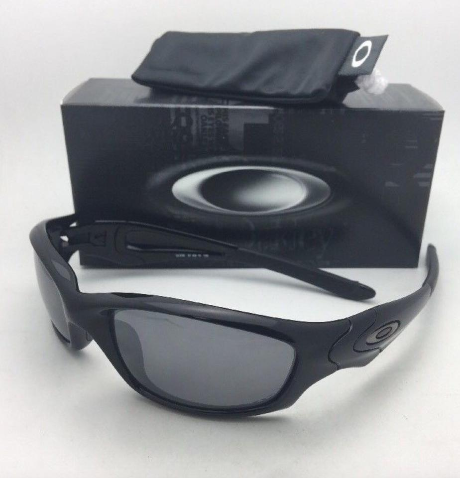 ab5f65ba961 Oakley Polarized Straight Jacket Sunglasses 12-935