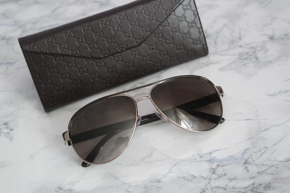 f42d6ce1fffbf Gucci Black Leather And Gold Metal Aviator Sunglasses. NEW Gucci GG 4239 S  ...