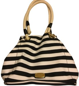 Michael Kors Tote in black&white