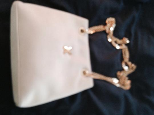 Preload https://item2.tradesy.com/images/paloma-picasso-vintage-with-chain-cream-ultra-suede-shoulder-bag-2248911-0-0.jpg?width=440&height=440