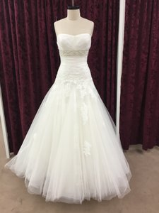 Enzoani Ivory Lace / Tulle Edson New Formal Wedding Dress Size 12 (L)