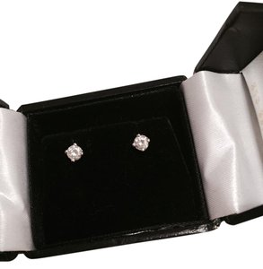 14k White-Gold 0.25ct Diamond Stud Earrings
