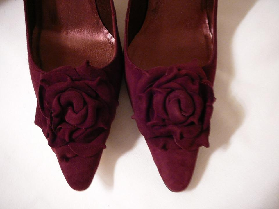 5ec136eeb6055 Manolo Blahnik Burgundy Lisa Bordeaux Suede Heels Pumps Size US 10 Regular  (M, B) - Tradesy