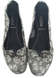 Mad Love Canvas Grey and White Flats