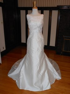 Pronovias Off White Bonnie Destination Wedding Dress Size 8 (M)