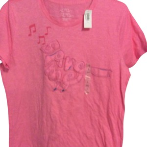 bd63aa7aab80d Old Navy Tee Shirts - Up to 70% off a Tradesy (Page 3)