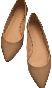 Nine West Beige Flats