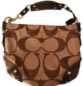 605d4349f67e Coach Carly Bags - Up to 70% off at Tradesy