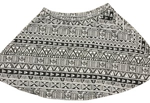 Aropostale Mini Skirt white and black