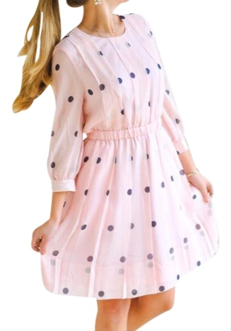Preload https://img-static.tradesy.com/item/22496362/kate-spade-pale-pink-with-navy-dots-tiny-spotlight-pleated-mid-length-short-casual-dress-size-8-m-0-4-650-650.jpg