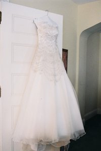 Allure Bridals #10/897962 Wedding Dress