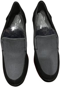 Aerosoles Black and Grey Flats