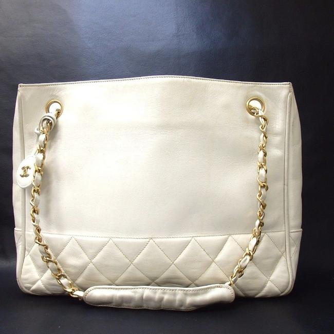 Item - Timeless With Cc Charm/Pendant White Lambskin Leather Tote