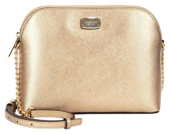 Preload https://item4.tradesy.com/images/michael-kors-cindy-large-dome-saffiano-gold-leather-cross-body-bag-22498318-0-1.jpg?width=440&height=440