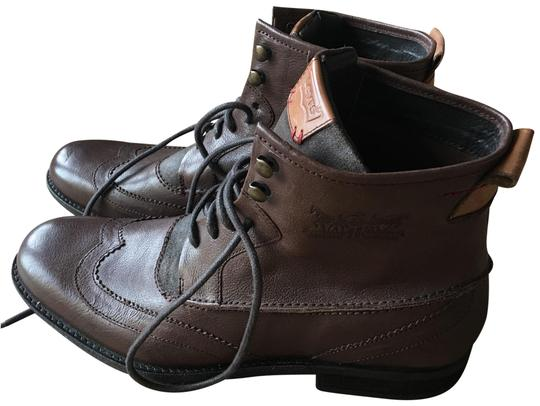 Preload https://item2.tradesy.com/images/levi-s-brown-men-s-high-tops-bootsbooties-size-us-115-regular-m-b-22498341-0-1.jpg?width=440&height=440