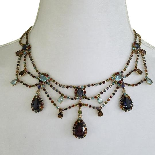 Preload https://item3.tradesy.com/images/statement-necklace-22498437-0-1.jpg?width=440&height=440