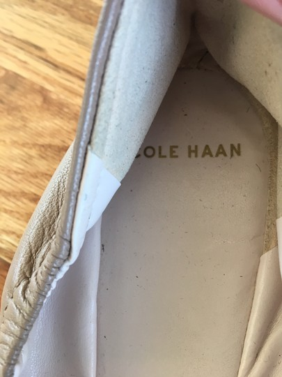 Cole Haan Leather Soft Comfortable Commuter Nude Flats