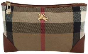 Burberry NWOT Burberry house check logo signature small pouch