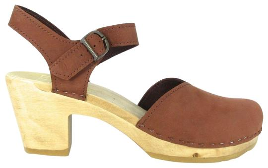 Preload https://item2.tradesy.com/images/brown-leather-closed-toe-mary-jane-wbox-mulesslides-size-eu-43-approx-us-13-regular-m-b-22499346-0-1.jpg?width=440&height=440