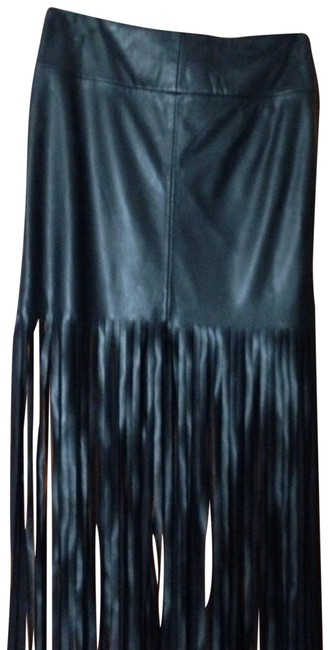 Preload https://item2.tradesy.com/images/faux-leather-fringe-black-midi-skirt-size-2-xs-26-22499366-0-1.jpg?width=400&height=650
