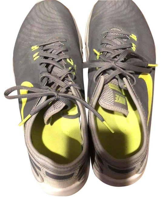 Item - Gray Yellow White Neon Green Sneakers Size US 9.5 Regular (M, B)