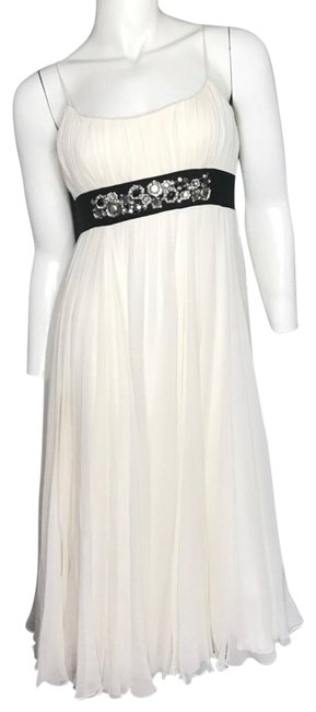 Preload https://img-static.tradesy.com/item/22499608/marchesa-jeweled-pleated-mid-length-cocktail-dress-size-4-s-0-1-650-650.jpg