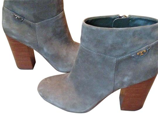 Preload https://item3.tradesy.com/images/tory-burch-putty-suede-bootsbooties-size-us-9-regular-m-b-22499657-0-1.jpg?width=440&height=440