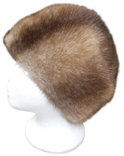 Preload https://img-static.tradesy.com/item/22499687/brown-unisex-muskrat-fur-imported-22-hat-0-4-540-540.jpg
