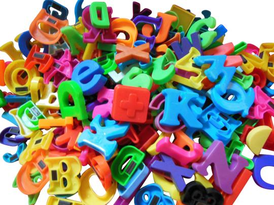Preload https://item2.tradesy.com/images/muti-magnetic-letters-numbers-and-shapes-190-piece-lot-various-sizes-colors-22499771-0-1.jpg?width=440&height=440