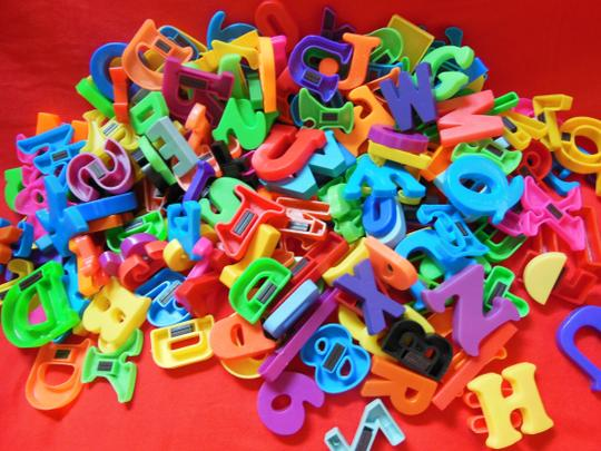 Unknown Magnetic Letters Numbers & Shapes 190+ Piece Lot Various Sizes Colors