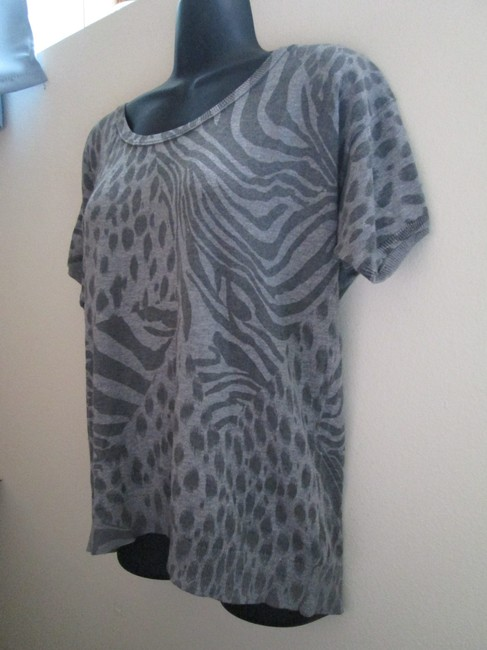 DKNY Animal Print Lightweight Fall Autumn Winter Sweater