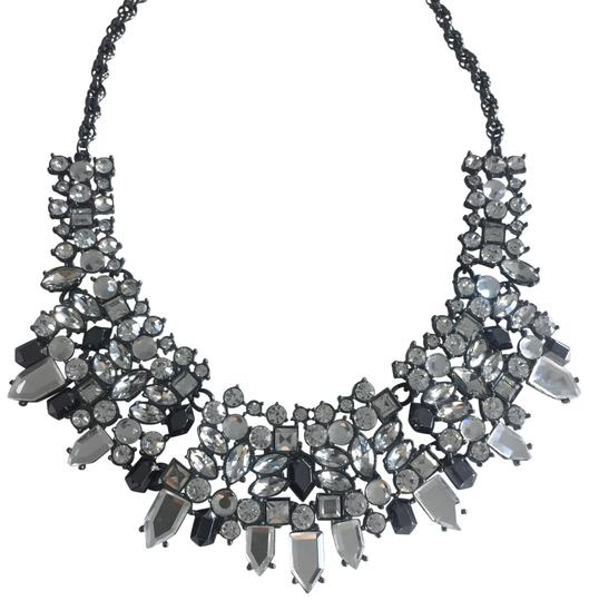 Preload https://item1.tradesy.com/images/clear-statement-crystal-necklace-22500525-0-1.jpg?width=440&height=440