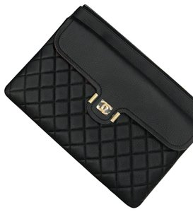 Chanel Louboutin Cc Pouch Black Clutch